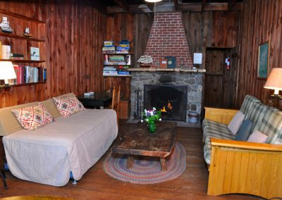 Vacation-lodging-on-squam-7