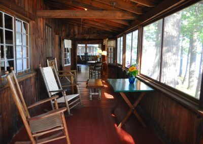 Vacation-lodging-on-squam-8