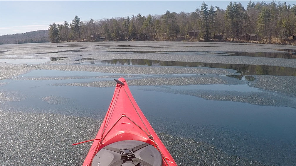 Kayak Deephaven Ice 04.21.18